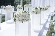 时尚设计个性婚礼:水晶婚纱礼服圆你公主梦