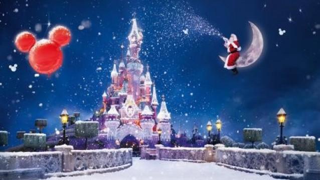怎么制作圣诞节促销活动策划邀请函