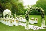 清凉的户外主题婚礼,让婚礼气氛更愉悦!
