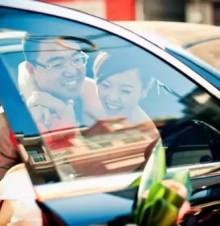婚礼仪式上,新娘如何注意自己的仪态姿势?